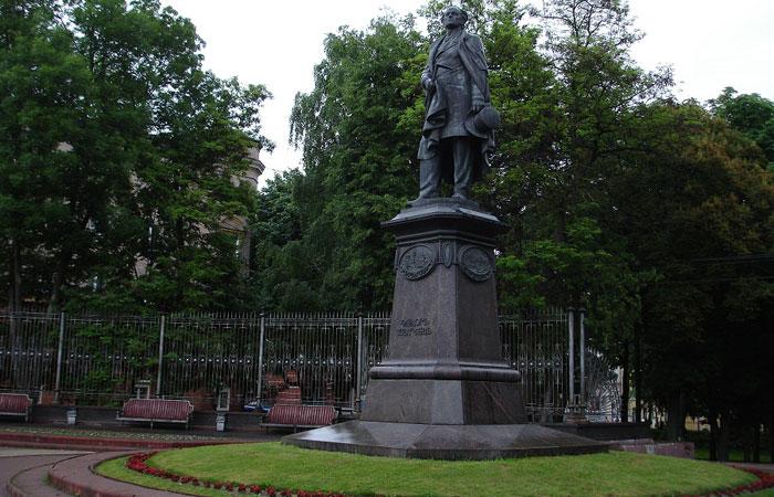 Памятники в брянске цены м н гравюр изготовление надгробных памятников в уфе